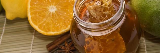 Qual a diferença entre mel e própolis?